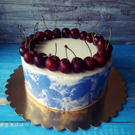 Мраморный торт с черешней