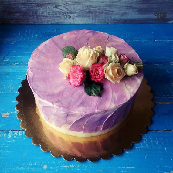 """Торт с """"живыми"""" цветами"""