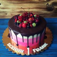 Трехцветный торт с шоколадной глазурью
