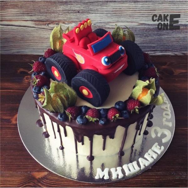 """Торт с машинкой """"Вспыш"""""""