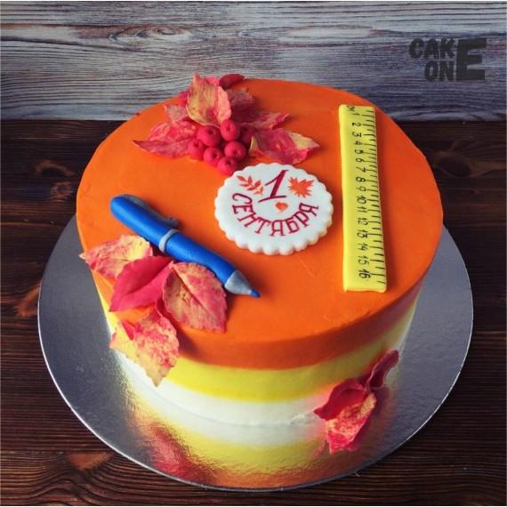 Торт на 1 сентября с линейкой и ручкой