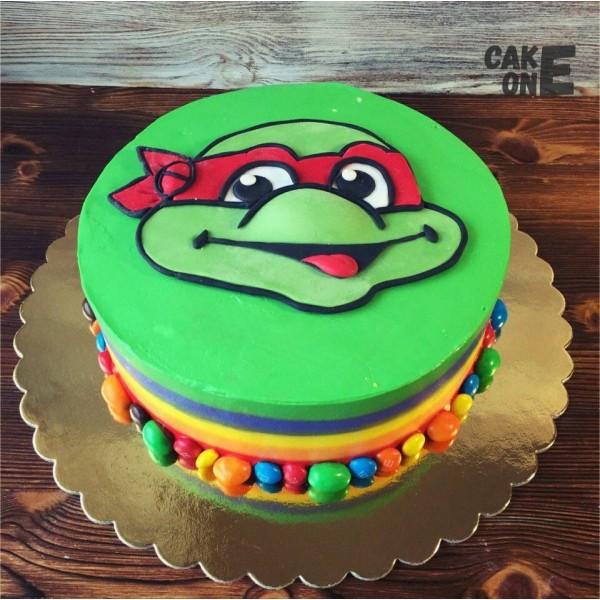 """Разноцветный торт """"Черепашки ниндзя"""""""