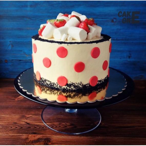 Торт в красный горох с маршмеллоу