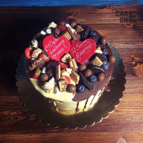Торт на серебрянную свадьбу с сердцами