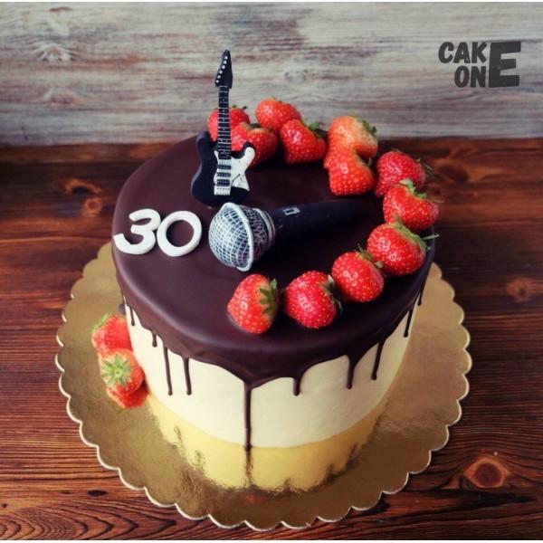 Торт на 30 лет с микрофоном и гитарой
