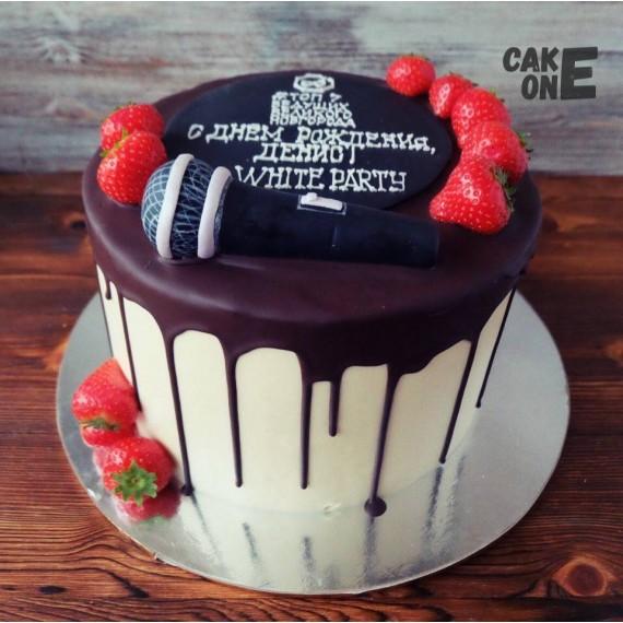 Торт для ведущего с микрофоном