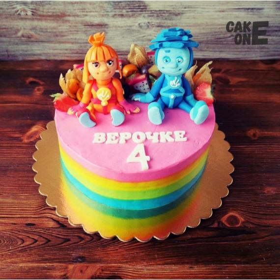 """Разноцветный торт на 4 года """"Фисики"""""""