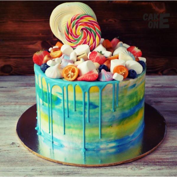 Разноцветный торт с маршмеллоу и зефиром