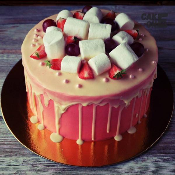 Нежно-розовый торт с маршмеллоу
