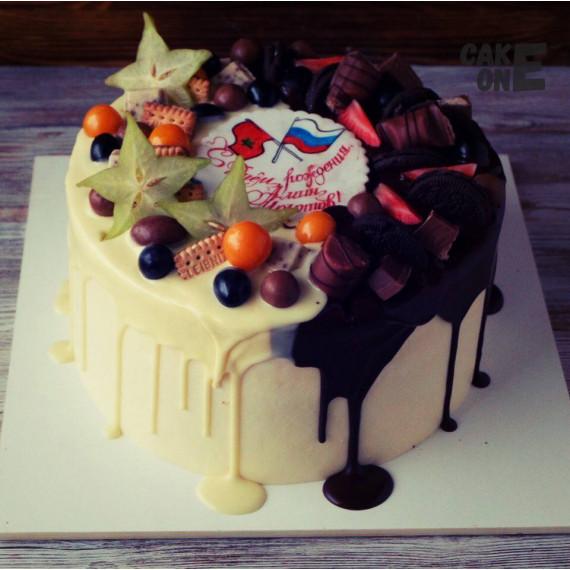 Торт на день рождения с флагами