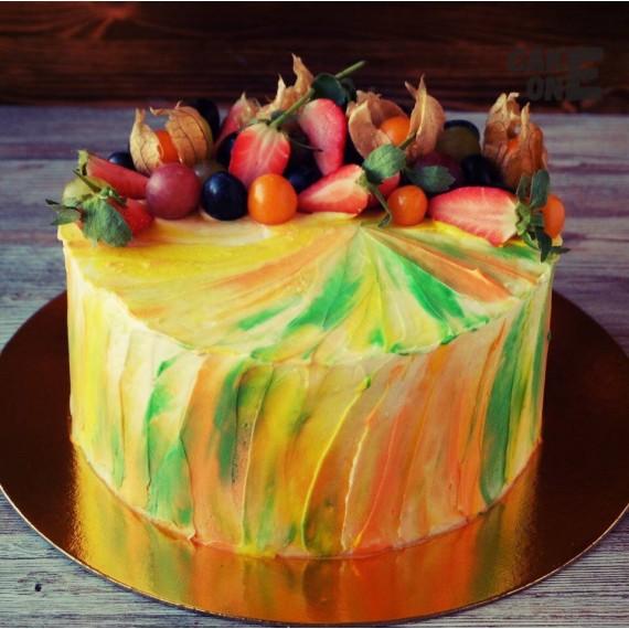 Разноцетный торт с фруктами