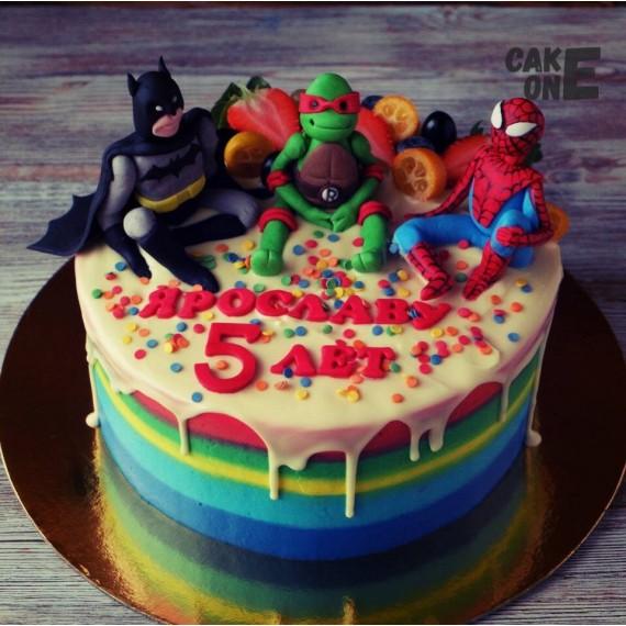 Торт-радуга с супергероями