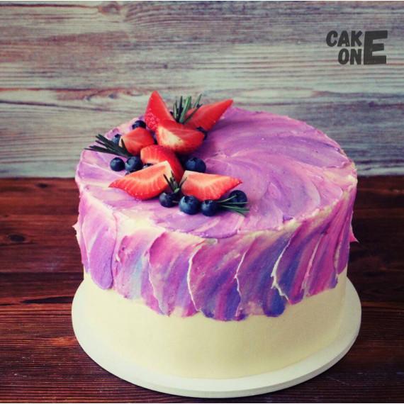 Торт с сиреневой верхушкой