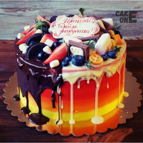 Градиентный торт на день рождения