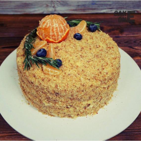Торт с посыпкой и мандарином