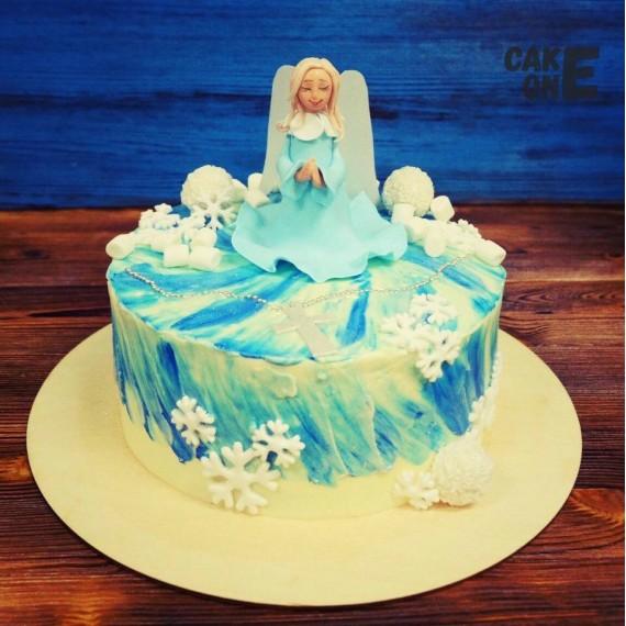 Торт с ангелом и снежинками