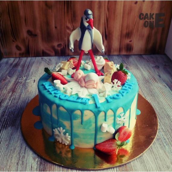 Торт с младенцем и аистом