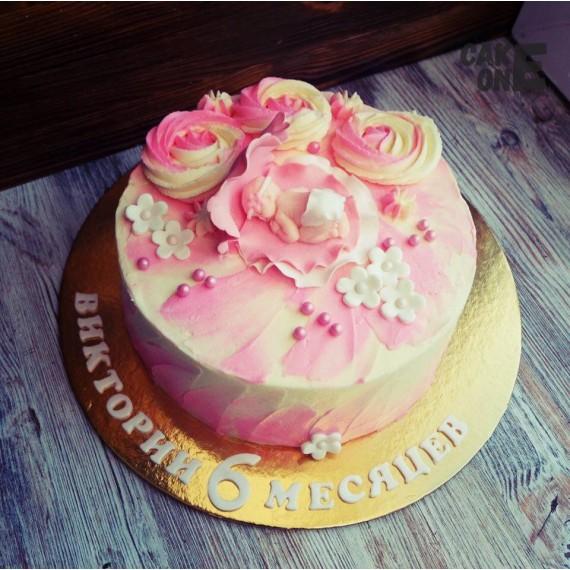 Торт с младенцем в розовой раковине
