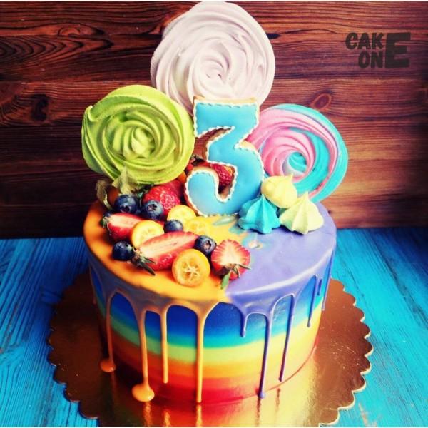 Торт-радуга с цветным зефиром и глазурью