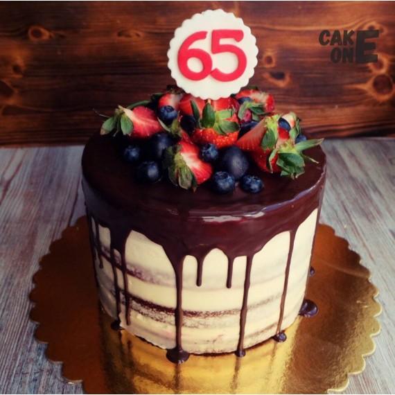 Бисквитный торт на 65 лет