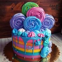 Разноцветный торт с цветным зефиром