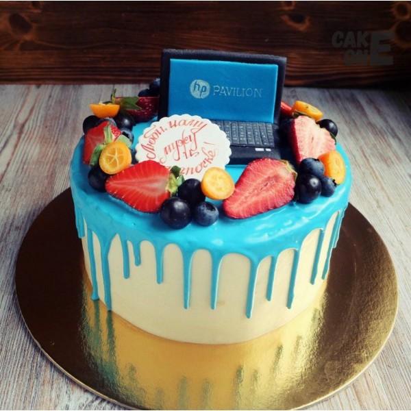 Торт с ноутбуком