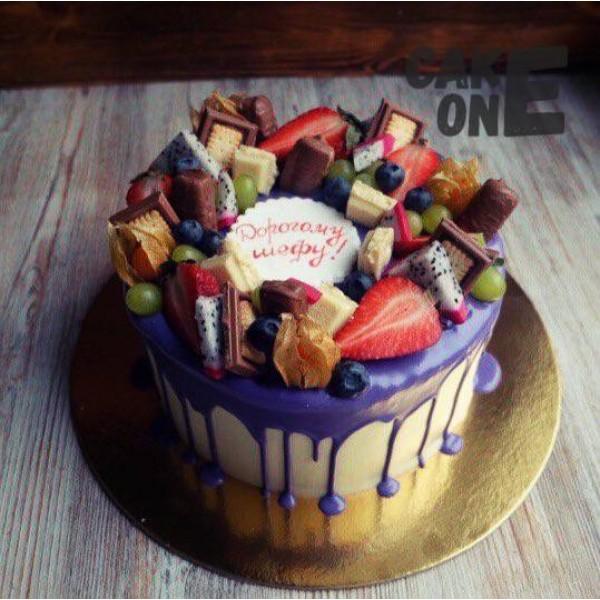 Торт с фиолетовой глазурью для шефа