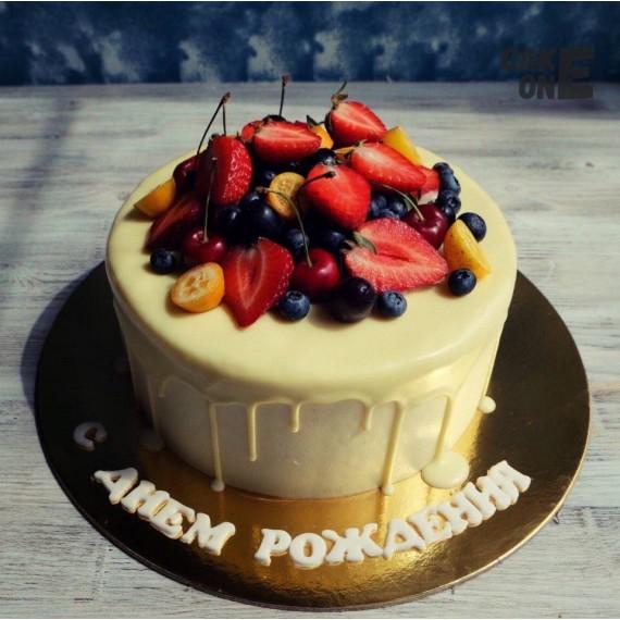 Белый торт с белой глазурью