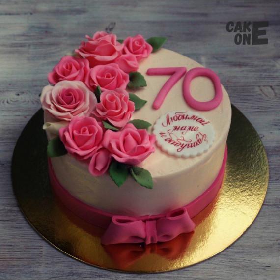 Торт с розами на 70 лет