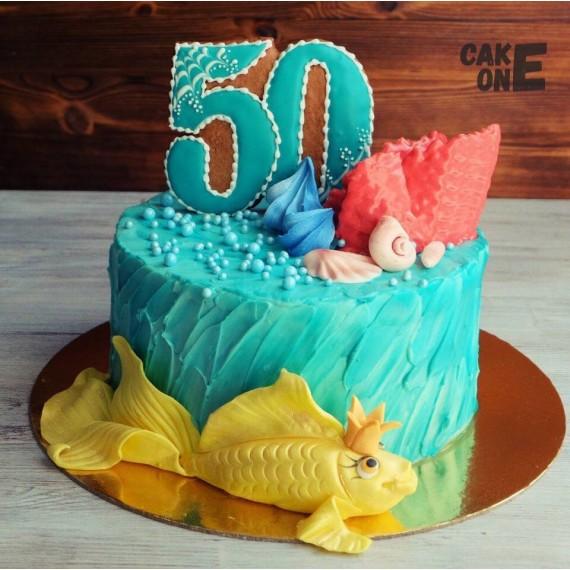 Торт на юбилей с золотой рыбкой