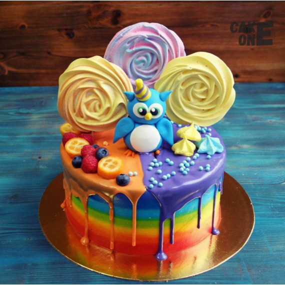 Торт-радуга с совенком и зефиром