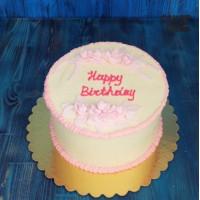 Торт с розовыми цветами и рюшами