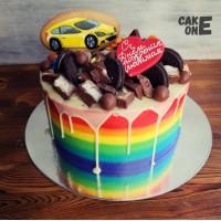 Торт-радуга с машиной и сердцем
